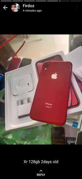 Iphone XR 128gb just 2 days old not open accessories