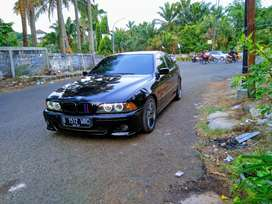 BMW E39 520i 2003 LCI Full M Accessories