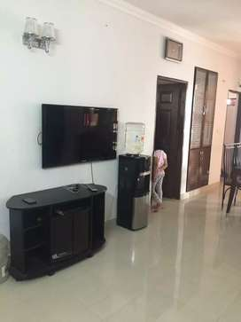 Fully furnished 3 BHK FLAT for family