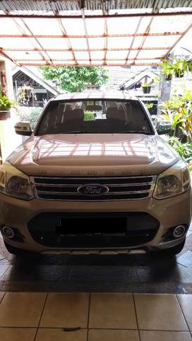Ford Everest 2.5 Limited 4x2 A/T