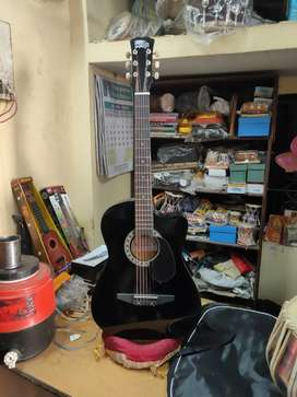 Delivery option also available Newbranded Acoustic guitaramazing sound