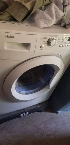 Haier Front Load Fully Automatic Washing Machine (HW70-1279)