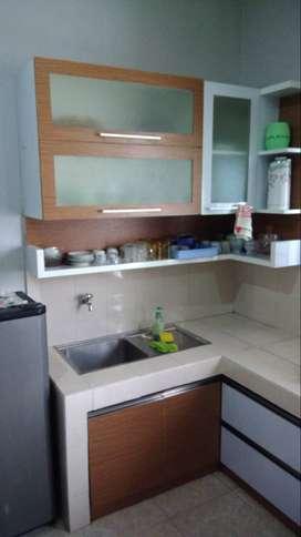 Disewakan harian/ mingguan Rumah 2 Lt di Tasikmalaya