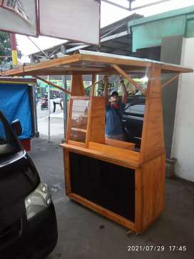 gerobak /booth kayu