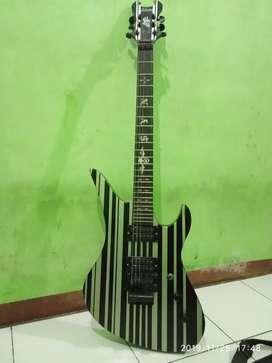 Gitar listrik merk schctor
