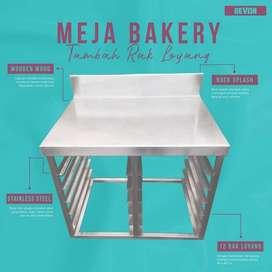 meja stainless steel for bakery untuk adonan kue roti donat makassar