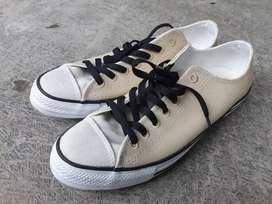 Sepatu Converse CTAS Low Renew Desert Coklat ukuran 42 Original