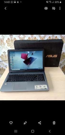 Laptop Asus X540YA,Processor AMD,Ram 2Gb,Hdd 500Gb,layar 15 inch