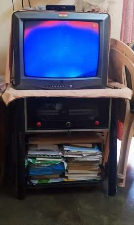 A deal with Working Igo TV + stand + Intex DVD