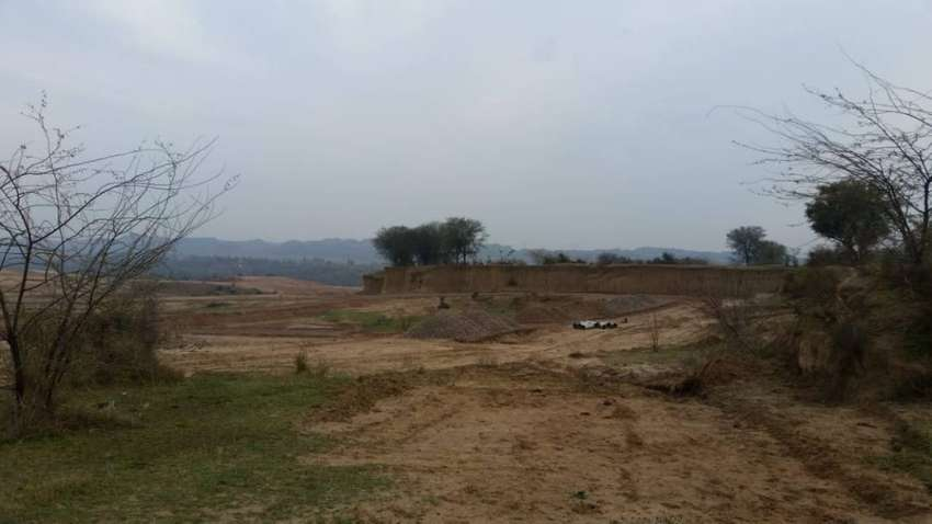 10 Marla plot for sale in PIA Enclave near new Airport Islamabad 0