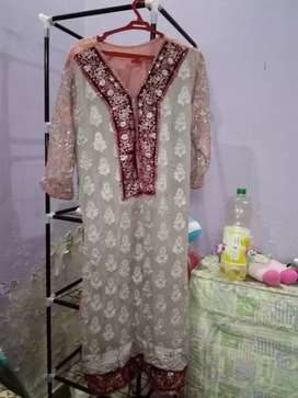 Want sell wedding clothes good condition