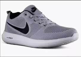 Nike soprts mens Imported shoes good quality.