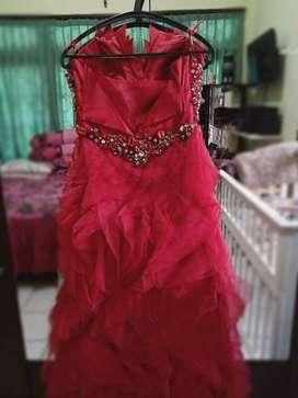 Party Dress (Gaun Pesta)