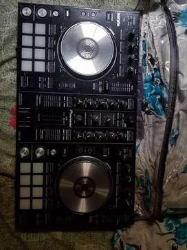 Pioneer DDJ-SR PORTABLE 2 CHANNEL DJ CONTROLLER