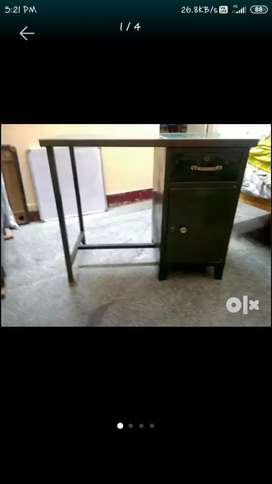 Study/office table for sale... ₹1,800/-