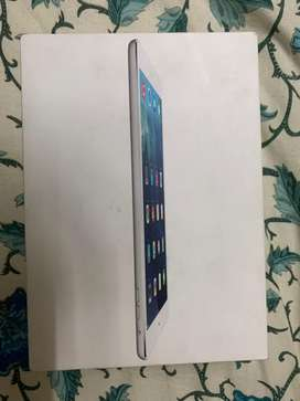 Ipad Air 1 16gb wifi + cellular indian with box and charger.