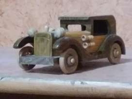 WOOD Made CAR and HEN ,  DECORATION PIECES .