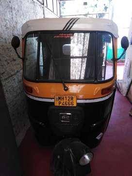 Almost brand new Rickshaw, hardly run 2500 km.