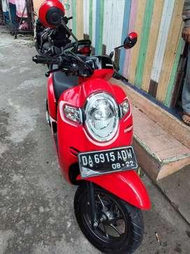Honda Scoopy Ban ganal merah hitam