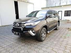 Toyota Fortuner 2.4 VRZ 2017 Diesel Km 30 ribuan Tgn 1