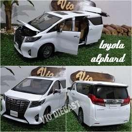 Diecast Miniatur Toyota Alphard 2019