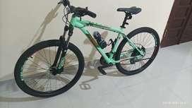 Sepeda Polygon Cascade 4