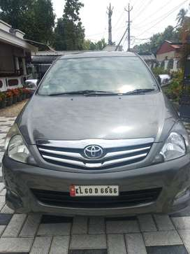 Toyota Innova 2.5 VX 8 STR, 2012, Diesel