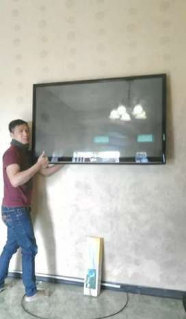 pasang serta jual bracket tv lcd led buat gantungan penempel di tembok