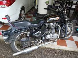 Royal Enfiled bullet standard 350 Ex showroom conditions