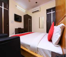 Guest House Executive in Koshambi, UP Delhi