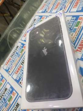 iPhone 11 black colour 128gb seal pack