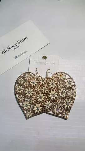 Wholesale imported jewellery from korea.