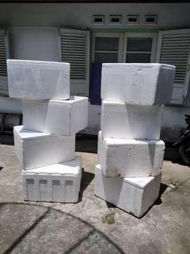 Box sterophom bekas