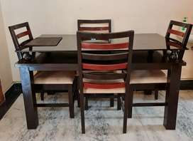 Dining Table | Wood | 2 Layers | Top Black Glass | 4 Chairs