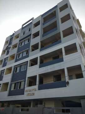 Flat,building both est facing,main road bit,nr to schol,800mtr frmNH44