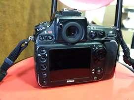 Nikon d800 full frem only body  very good condition