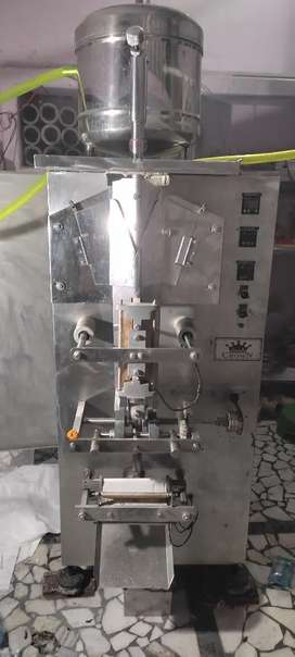 1000 ltr pr hour RO and pouch packing machine