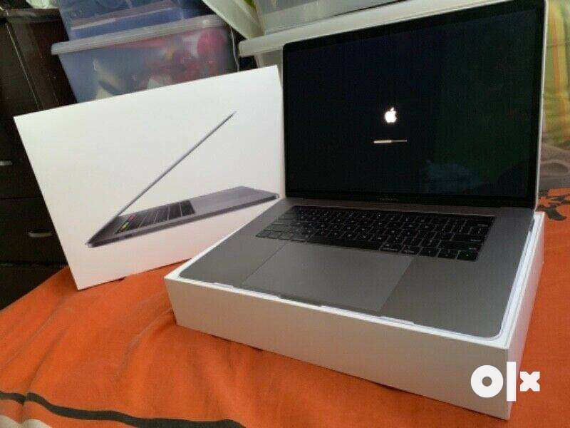 "Apple Macbook Pro 15.4"" A1990 / Quad Core i7 / 16GB / 512GB / Warranty 0"