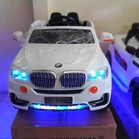 Mobil Mainan Anak Aki / Mobil BMW Mainan Bisa Dinaiki / PMB M7988