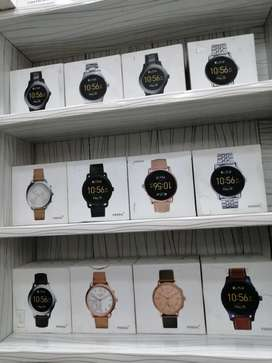 Smart watches and accessories