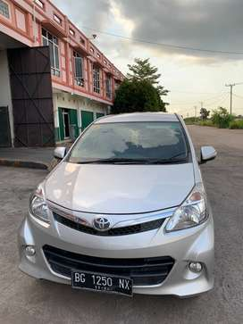 Dijual Harga Nego Toyota New Avanza Veloz 2012