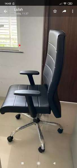 New Executive chair for sale