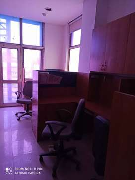 Fully furnished at MG road metro, sector 28