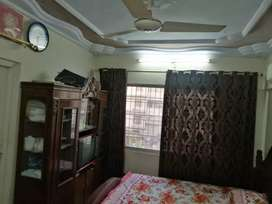 5 rooms flat for sale located shadman no 2