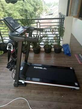 Treadmill elektrik TL 607//4 FUNGSI dengan dumble