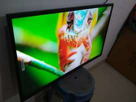 """Sony smart LED tv 42""""inch android 4k with 3 year Warranty"""