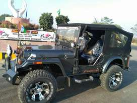 Mahindera willys jeep with greay colur