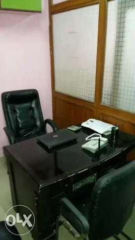 200sqft furnishd office avilable for rent in rajpur road