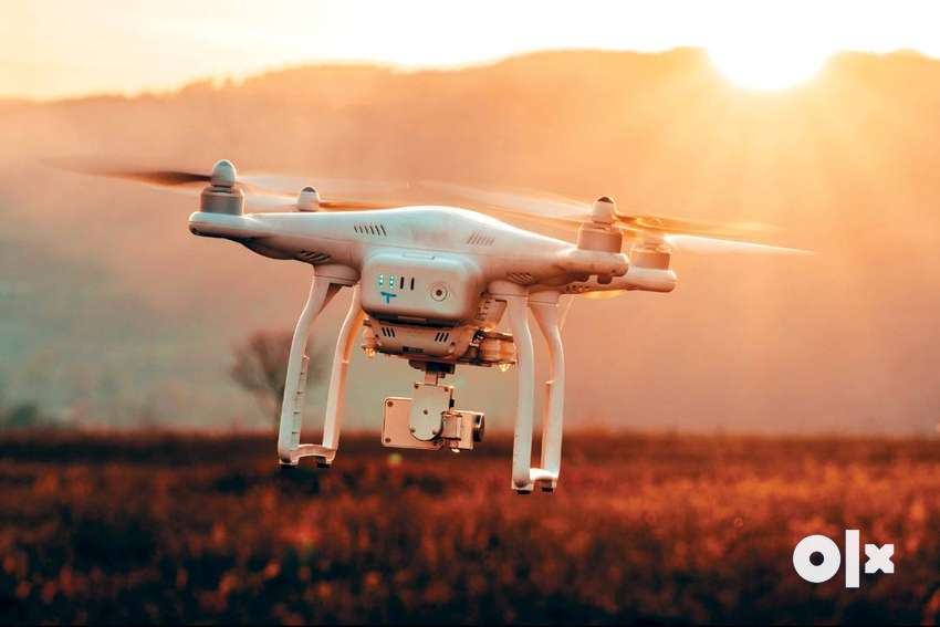 Drone camera Quadcopter – with hd Camera – white or black Colour ..210 0