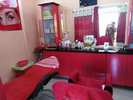 Beauty parlour sale for Good will
